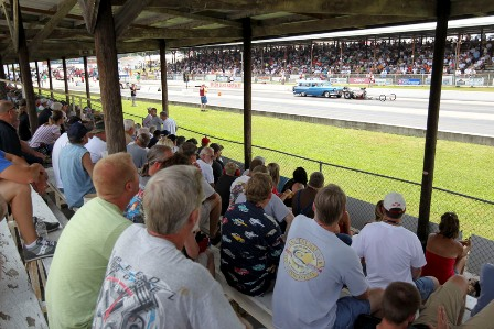 Filled grandstands at Beech Bend